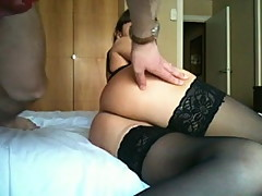Amateurs film some anal