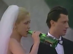 Horny bride sucks off wedding party - sibel18 com