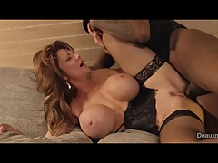 Cheating WIFE Deauxma Gets Fucked By Room Service While Husband Is Away!