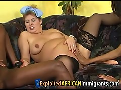 Chubby babe and her two ebony girlfriends get down and dirtysion-1-2
